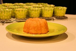 Mini lemon polenta cakes